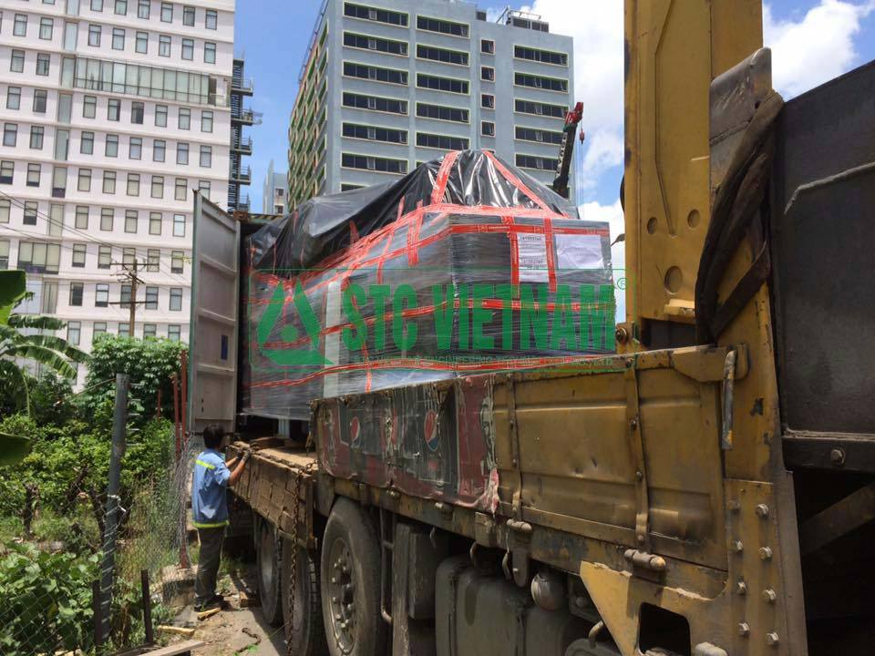 Rút container lắp đặt máy phát điện