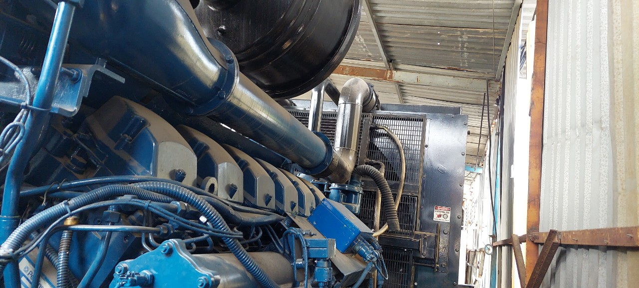 Old generator 1500 Kva Perkins FG Willson